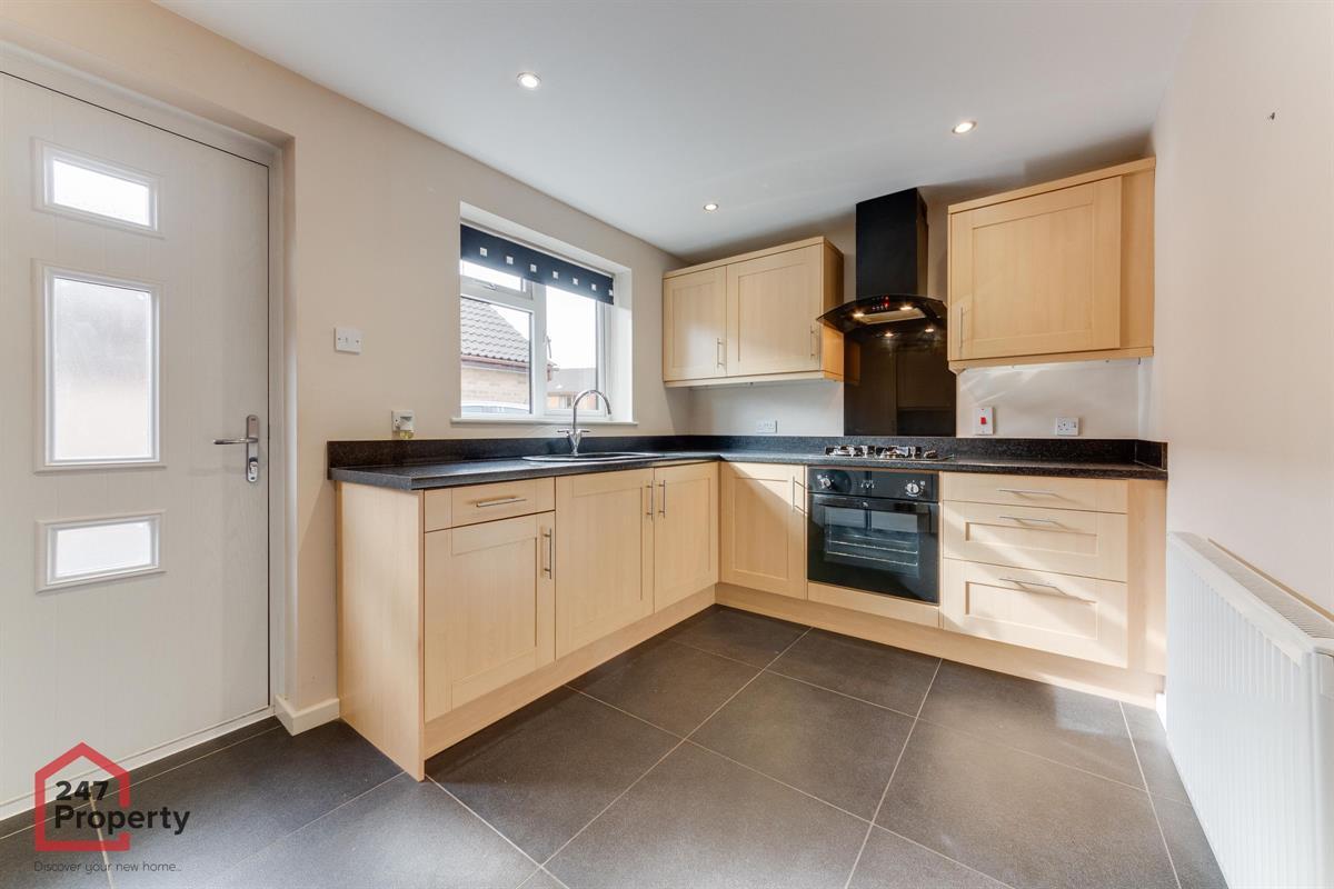 To Let - 2 bedroom Bungalow, Crusader Drive, Sprotbrough, Doncaster - £750 pcm
