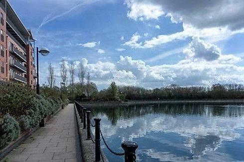 For Sale - 2 bedroom Apartment, Kentmere Drive, Lakeside, DN4 - £130,000