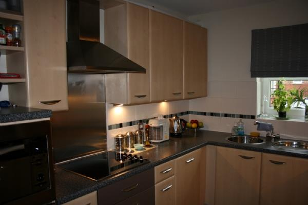 For Sale - 2 bedroom Apartment, Fewstone Way, Lakeside, Doncaster - £135,000