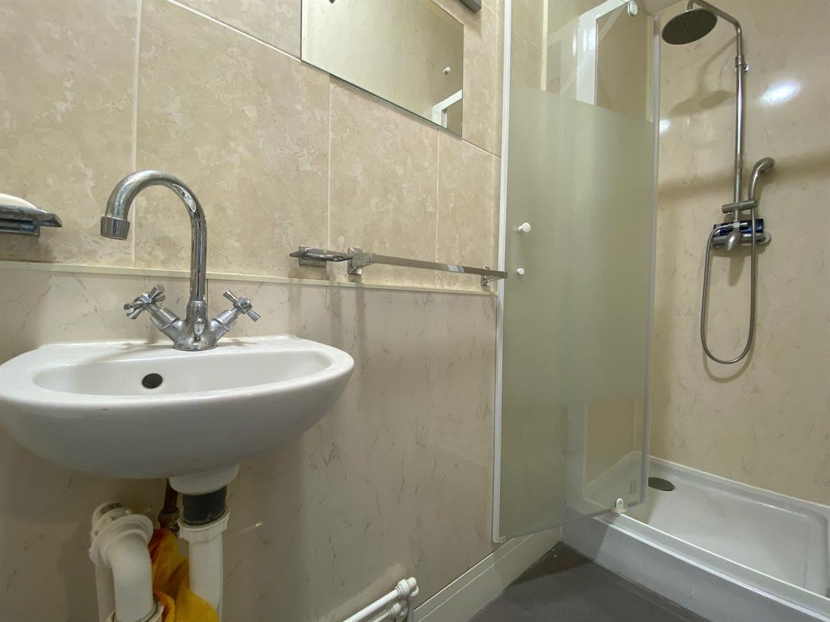 To Let - 1 bedroom Double room, - Hartington Road, Rotherham - £90 pw