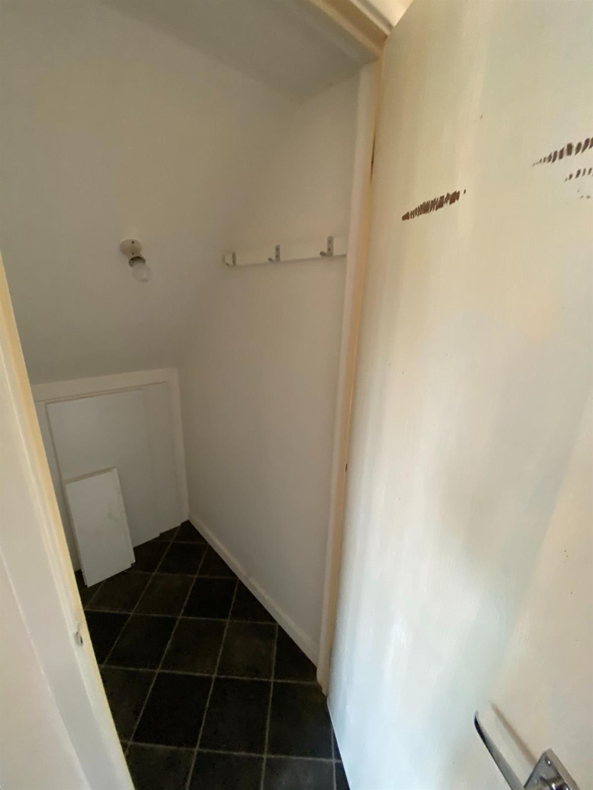 To Let - 2 bedroom Semi-detached house, Stretton Close, Doncaster - £650 pcm