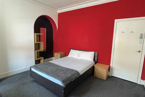 Balby Road, Room 2