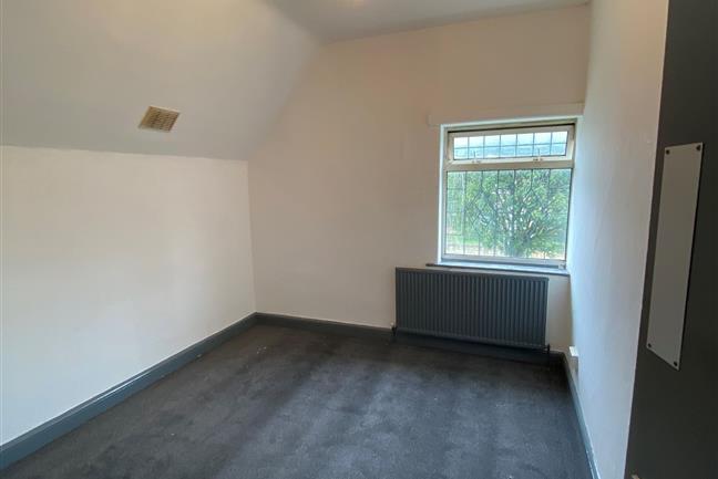 Room 4, The Crescent, Woodlands, Doncaster