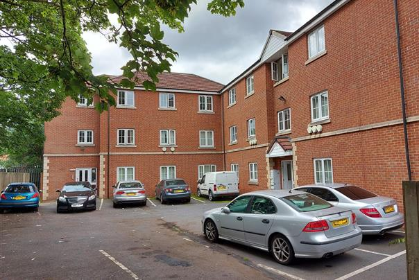 Parkway Court, Wheatley