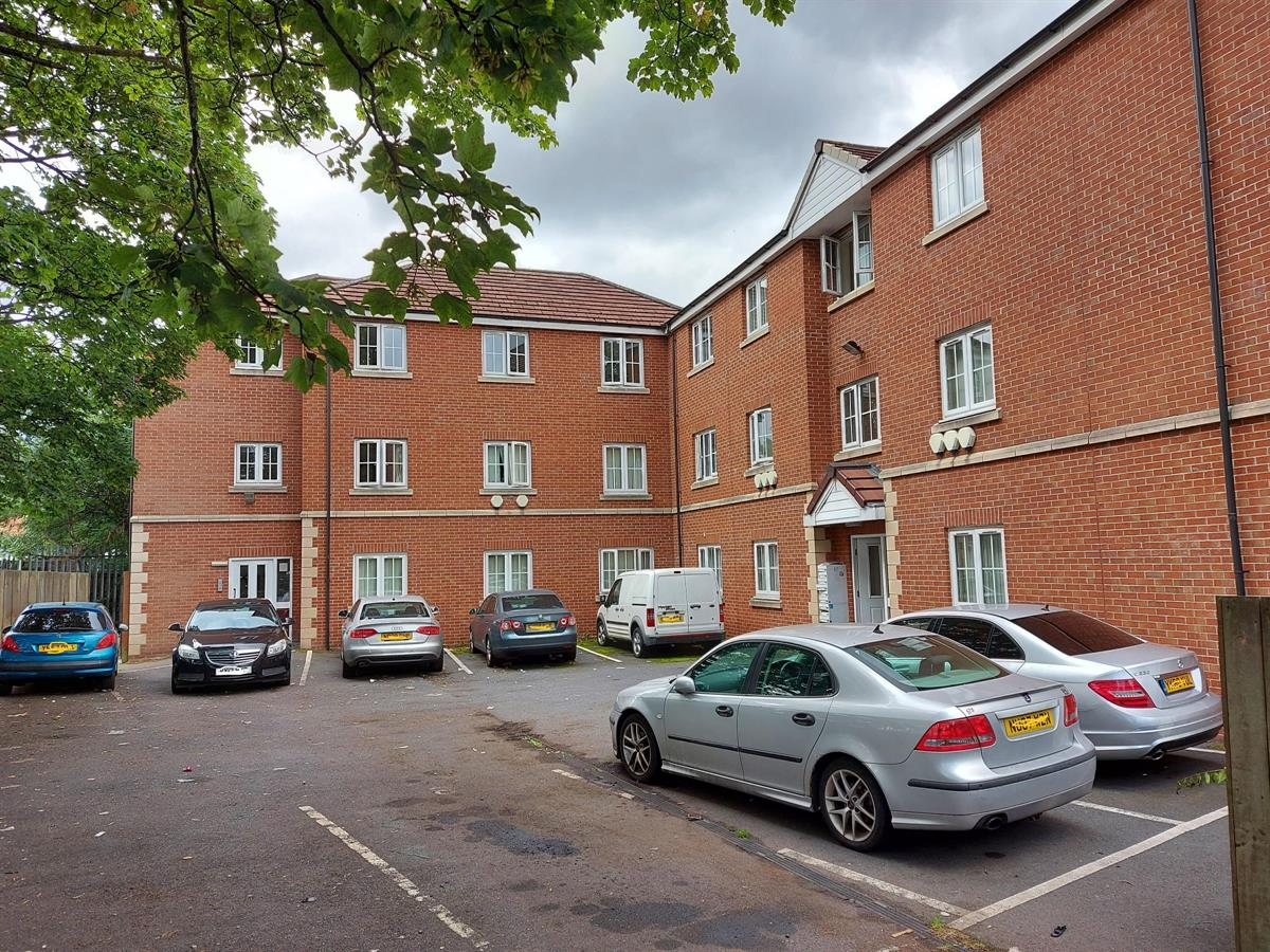 For Sale - 2 bedroom Flat, Parkway Court, Wheatley - £75,000 Guide Price