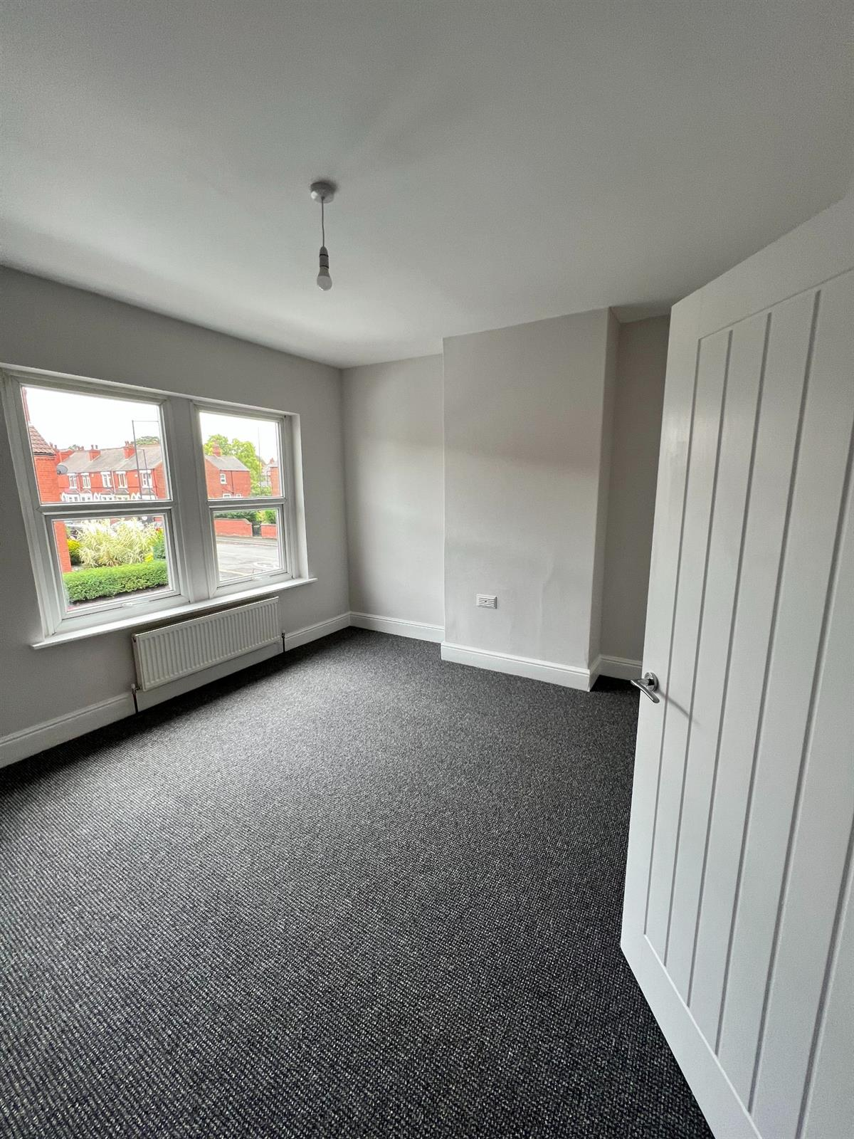 To Let - 3 bedroom Terraced house, Beckett Road, Doncaster - £750 pcm
